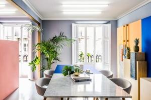Masquespacio-office-interior-branding